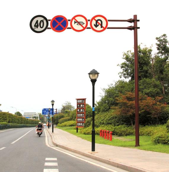 道路双悬臂交通警示标志杆